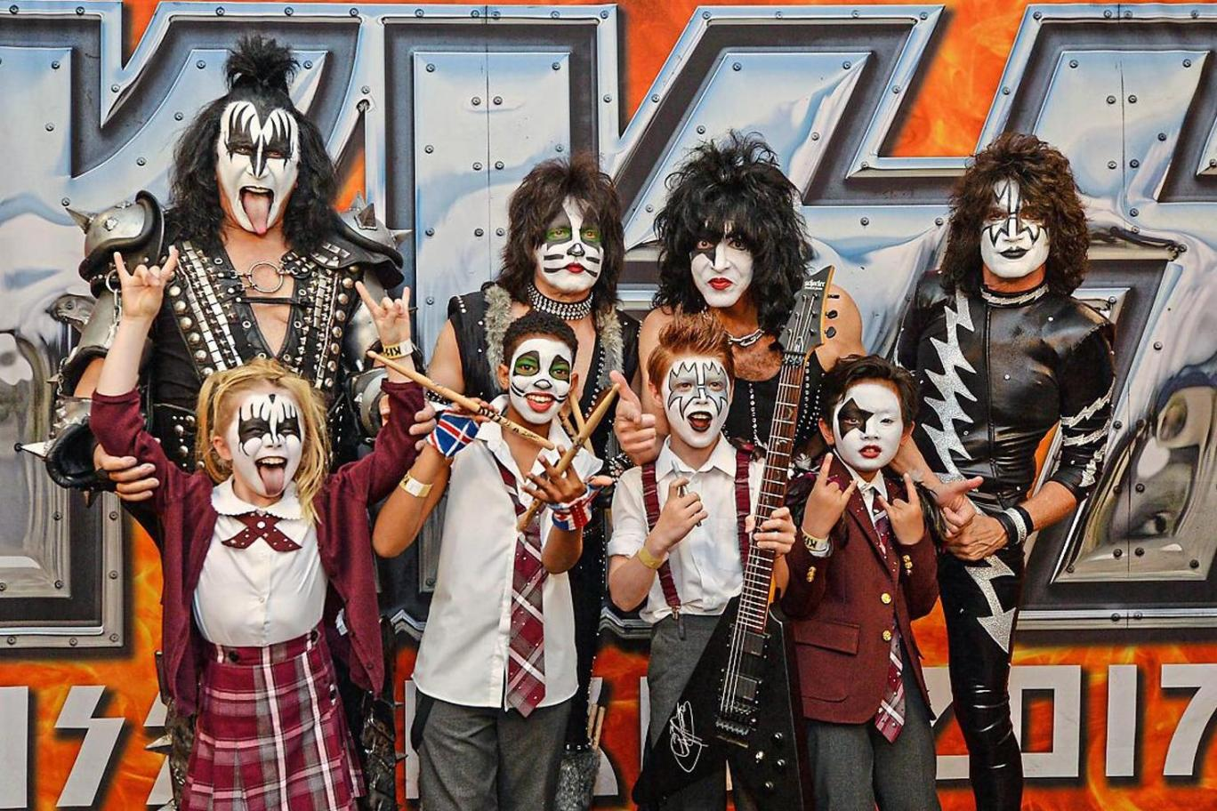 Next Generation: KISS & The Stars Of West End Musical…